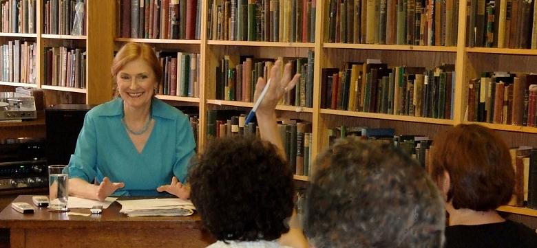 "Carrie Wilson teaches the ""Art of Singing"" class"